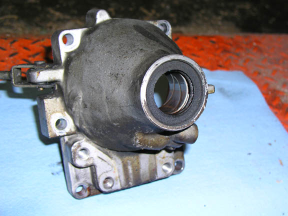 VCBC - Tailshaft Bushing Replacement on AW71 - Volvo Club of BC